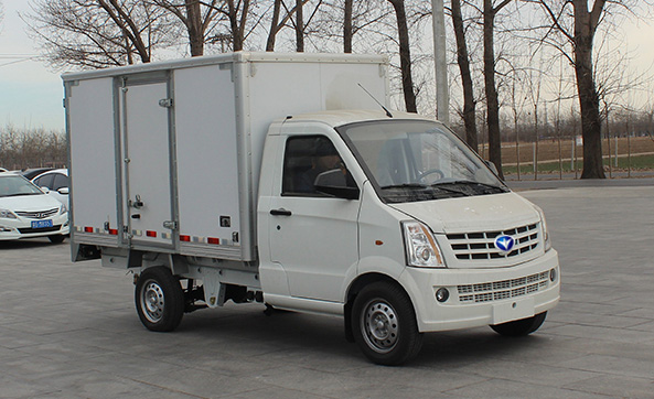 2.2T Electric Logistics Van
